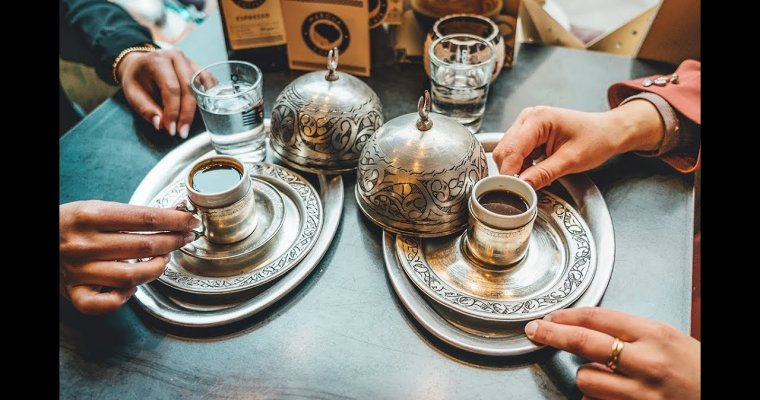 Wo kriege ich meinen Kaffee her ?   Hijab Trends meets Maroua Coffee   #coffee
