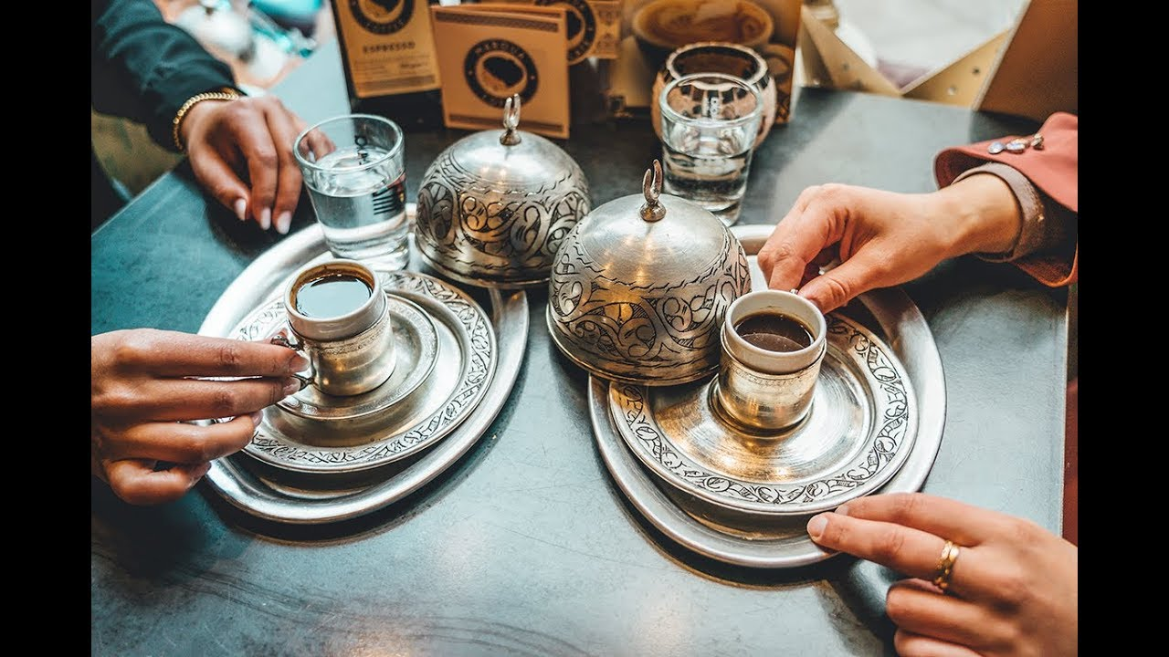 Wo kriege ich meinen Kaffee her ? | Hijab Trends meets Maroua Coffee | #coffee